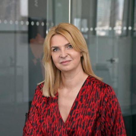 56. Karolina Stawowska